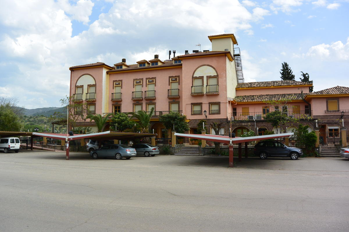 Dated hotel