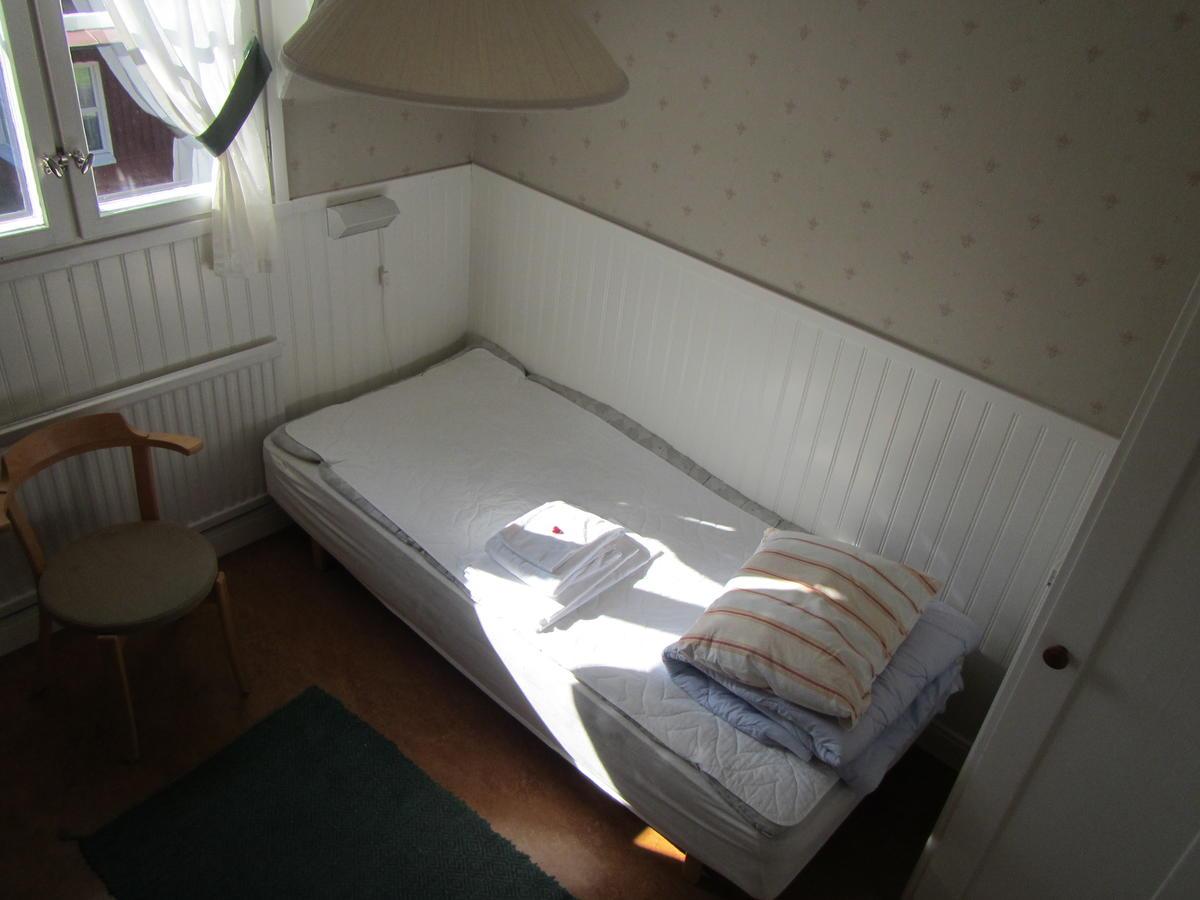 room-at-hostel